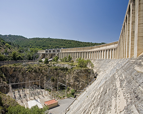 Mediano Hydroelectric Power Plant